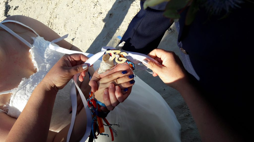 Tying the Knot, Handfasting